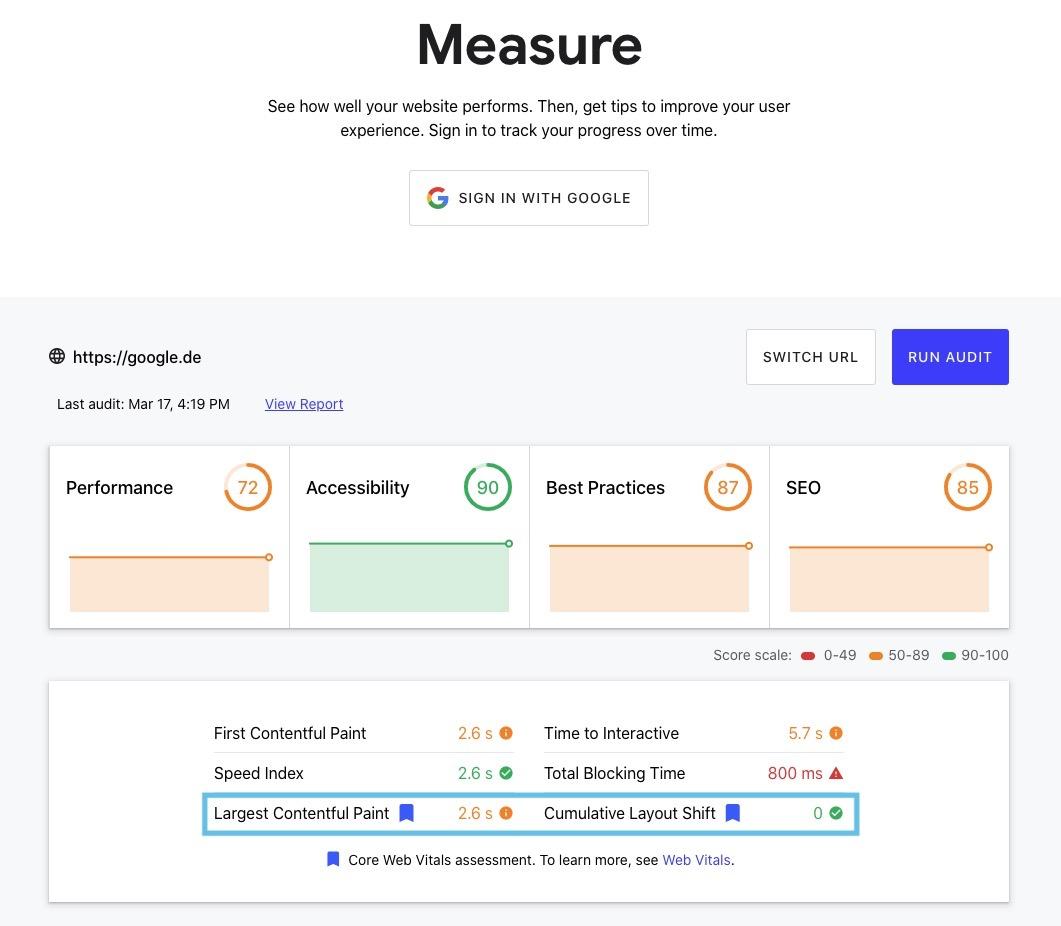 Im Screenshot des DevTools Measure siehst Du, dass auch hier die Core Web Vitals Metriken eingebunden wurden (blau markiert). Sie werden von Google durch ein blaues Fähnchen gekennzeichnet.